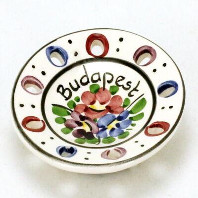HŰTŐMÁGNES VÁROSLŐDI KERÁMIA, tányér, Budapest felirattal