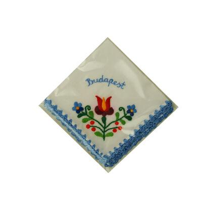 ZSEBKENDŐ HÍMZETT CAKKOS Budapest felirattal, kék, csomagolt